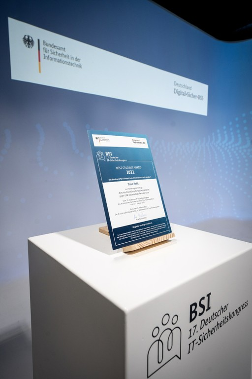 Right click to download: Mit dem Best Student Award