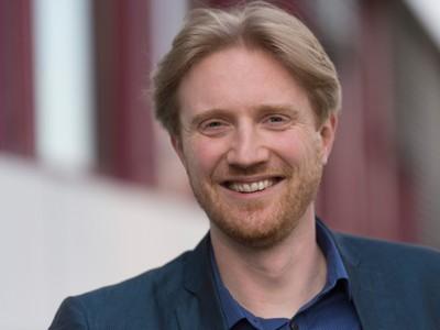 Prof. Dr. Matthew Smith vom Institut für Informatik der Universität Bonn gilt als ein Vorreiter in der IT-Security. Seine Perspektive fokussiert den Menschen zum einen als Entwickler von Computersystemen, aber auch als Nutzer.