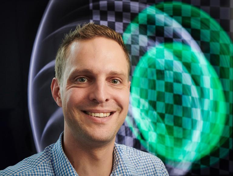 Right click to download: Prof. Dr. Matthias B. Hullin